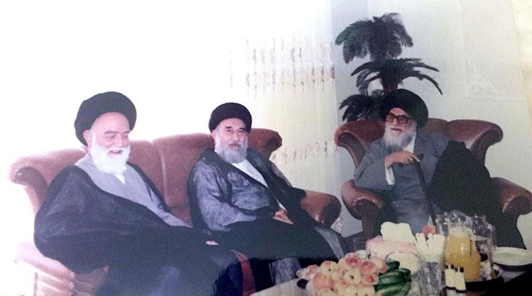 From L-R: Ayatollah Sayyed Muhammad Mahdi Mousavi Khalkhali, Ayatollah Sayyed Razi Shirazi, Ayatollah Qomi